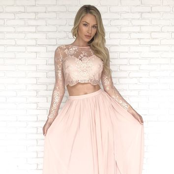 Live In The Moment Pink Lace Crop Top