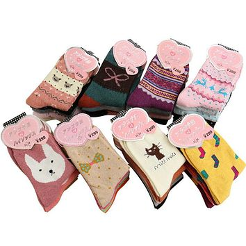 women winter thicken warm rabbit wool socks female thermal snowflake cotton socks woman cartoon animal pattern socks 5pairs/lot