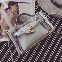 ADIYATE Transparent Bags for Women Messenger Bags Clear Pudding Shoulder Beach Bag Bolsa Fashion Transparent Handbags Cheap