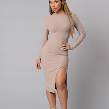 Sydney Dress - Taupe
