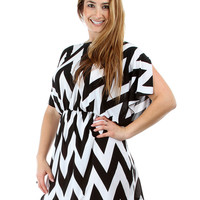 WHITE CHEVRON PLUS SIZE LYSS LOO DRESS WITH CINCHED WAIST