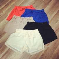New! Loose Fit Tying Shorts!