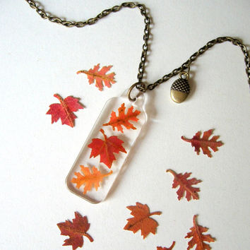 Falling Leaves - Real Autumn Leaves Necklace - Pressed leaves, maple, oak, Autumn, fall, woodland, minimal, simplicity, casual, ooak, gift