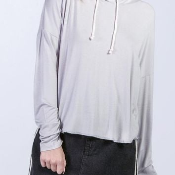 Jessie Cropped Hoodie in Cloud Grey