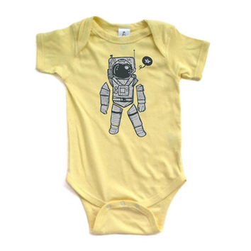 Short Sleeve Cotton Baby Bodysuit With Space Man Astronaut Print