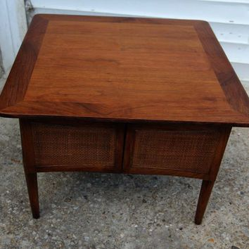 mid century danish style side/end coffee table