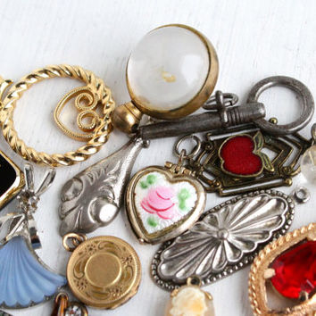 Vintage Pendant Lot - 18 Retro Costume Jewelry Charms for Necklaces, Bracelets - Carved Shell Cameo, Rhinestones, Lockets, Gold Filled