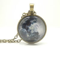 1PC Epoxy Transparent Time Gems Alloy Full Moon Retro Chain Necklace w/Alphabet Charm Friend Gift Fashion Jewelry