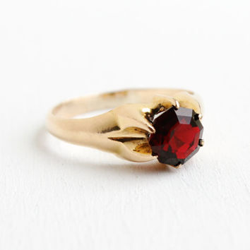 Antique 14K Rosy Yellow Gold Shell Garnet Red Glass Stone Ring - Vintage Art Deco Size 12 1/2 Raised Solitaire Mens Jewelry