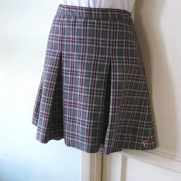 Red & Grey Plaid Vintage Schoolgirl Skirt; Women's Medium-Lg Short Pleated Plaid Skirt;  Above-Knee Work/School Classic