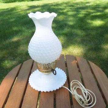 Vintage milk glass lamp - Hobnail milk glass lamp - Night stand lamp - Vanity lamp - Cottage chic lighting decor