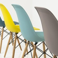 www.roomservicestore.com - Bucket Chairs