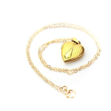 1/20 10K Gold Filled Heart Locket / b7