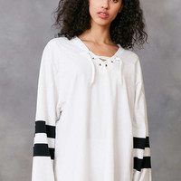Silence + Noise Oversized Lace-Up Jersey Tee - Urban Outfitters