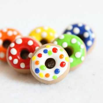 Polka Dot Donut Push Pins - Set of 6 Polymer Clay Push Pins