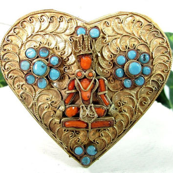 Vintage TIBETAN BUDDHA GODDESS Amulet Pendant Turquoise Coral Heart Antique