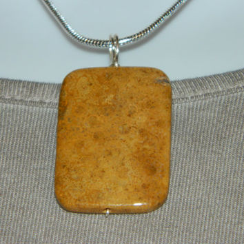 55ct. Tan Stone, Semi Precious, Agate, Pendant, Necklace, Rectangle, Natural Stone, 117-15