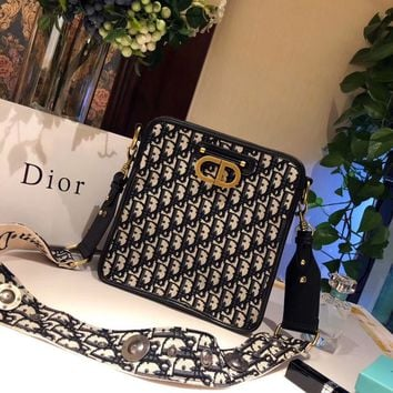 DIOR Oblique Shoulder bag