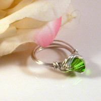 CASUAL - Wire Wrapped Emerald glass Bicone Ring with  Natural Silver Aluminum.