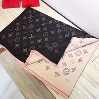 Perfect  Louis Vuitton Women Wool Scarf Shawl Silk Scar