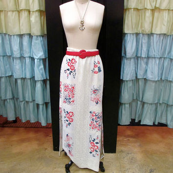 1960s White Hawaiian Maxi Skirt with Slits Navy and Red Flowers and Peacock Feathers Cream Filigree M/L