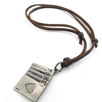 Fashion Punk Rock Necklace, Heavy Metal Alloy Poker Necklace, Men/ Women self-defense Necklace