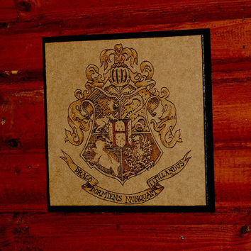 Harry Potter art - woodburned Hogwarts crest