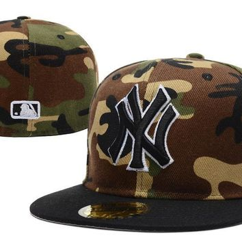 ESBON New York Yankees New Era MLB Authentic Collection 59FIFTY Cap Camouflage-Black