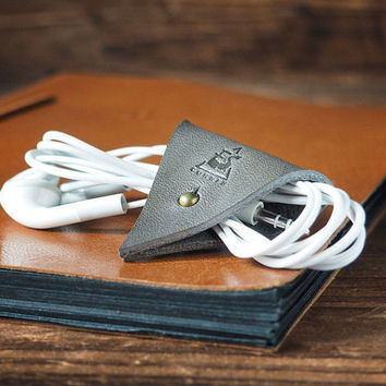 Leather Cord Holder - Earbud Cable Cord Organizer Handmade, Earphone Cord keeper, Headphone USB Winder, Personalized,Minimalist#Gray