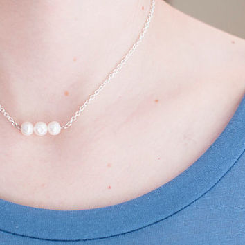 Pearl Necklace // Three Pearl Bar Necklace // Single Pearl Necklace