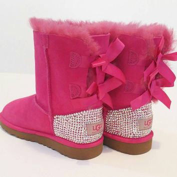 Swarovski Bailey bow ugg boots, girls pink Bailey bow uggs, bling uggs, custom uggs, Swarovski uggs, girls winter boots, girls ugg boots