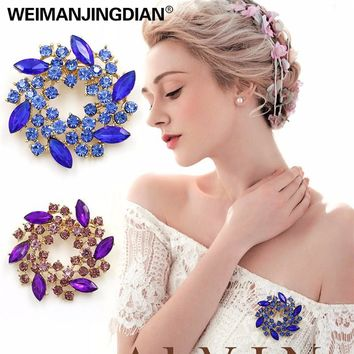 Beautiful Colorful Crystal Rhinestones Fashion Garland Flower Brooch Pins for Lady in various colors WEIMANJINGDIAN Brand