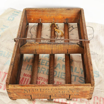 Wooden Egg Crate, Farm Star Egg Carrier, Primitive Wood Box, Rustic Egg Carton, Farmhouse Decor