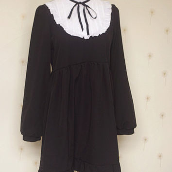 Autumn white collar black dress Summer cute kawaii lolita Vintage soft sister stand collar ruffled hem princess one piece dress