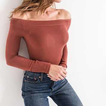 Z Supply The Long Sleeve Off the Shoulder Tee-Clay