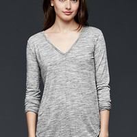 Gap Spacedye Shirttail V Neck Top