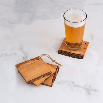 Set of 4 Rustic Wooden Coasters Bar Accessories (Pack of 4)