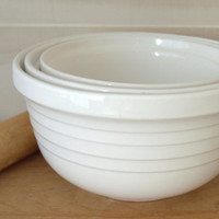 Big White Ceramic Mixing Bowl, Set of Nesting Bowls, Ceramic Mixing Bowls, Three Stacking Bowls