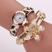 Stylish Jewelry Vintage Floral Pendant Pearls Ladies Watch Bracelet Watch [8863749959]