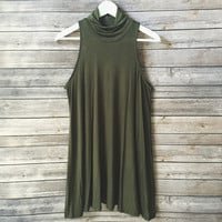 Staple Mock Neck Dress (Olive)