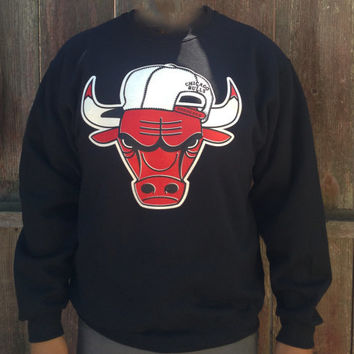 Snap Back Chicago Bulls  Crew Neck Sweater