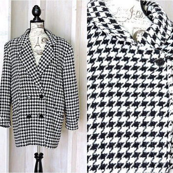 Vintage Houndstooth coat / size L / Tweed Wool 80s overcoat /  Retro New York Style / New York Girl USA union made