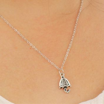 N939 Retro Pendant Clavicle Necklaces For Women Fashion Jewelry Colar Bijoux Umbrella Shape Collares Antique Silver Plated