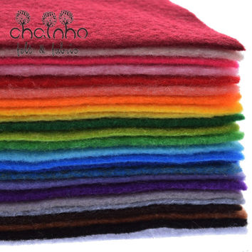 Non Woven Felt Fabric 1mm Thickness Polyester Soft Felt Of Home Decoration Pattern Bundle For Sewing Dolls Crafts 24pcs 30x30cm