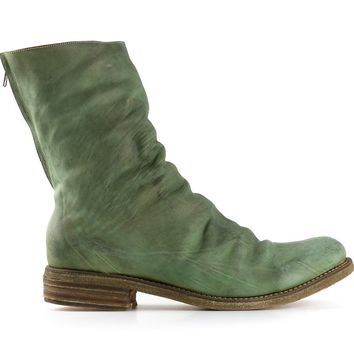 A Diciannoveventitre twisted boots