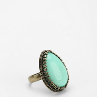 Urban Outfitters - Teardrop Stone Ring