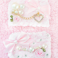 The Elegant Girl Pink Wristbands - Girly Girl Baby Doll Gorgeous Elegant Romantic Sweet Lolita Loli Princess Hime Gyaru