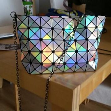 Kisumater Hologram bag women's evening clutch 10 Colors Geometry Lattric Handbag Laser Silver Chain  Shoulder Bag