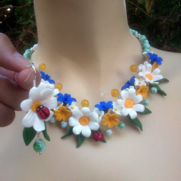 Daisy jewelry - Polymer earrings and necklace - Handmade jewelry