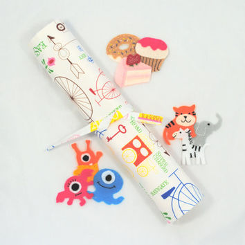 White Travel Felt Board // Circus Felt Mat // Portable Felt Board // Felt Activity Toy